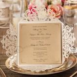 卸売カスタム象牙レーザーカット結婚式招待状カード