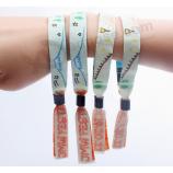 음악 주문을 받아서 만들어진 길쌈 된 폴리 에스테 ultralight 우수한 선물 손목 밴드