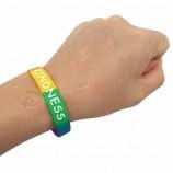 изготовленные на заказ чернила заполнили wristband силикона людей доброты логоса для случая