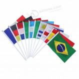 고품질 주문 동요 국가는 무지개 파 극 손 깃발을 개최했습니다