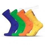 Оптовая спортивные носки с захватом Нескользящие хлопковые мужские баскетбольные носки с махровым покрытие