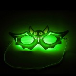 할로윈 박쥐 모양의 새로운 글로우 마스크