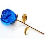 お土産に高品質のクリスタルガラスのバラの花