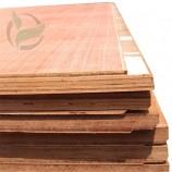 厚さ28mmの合板コンテナ木製床フェノールボードコンテナ部品